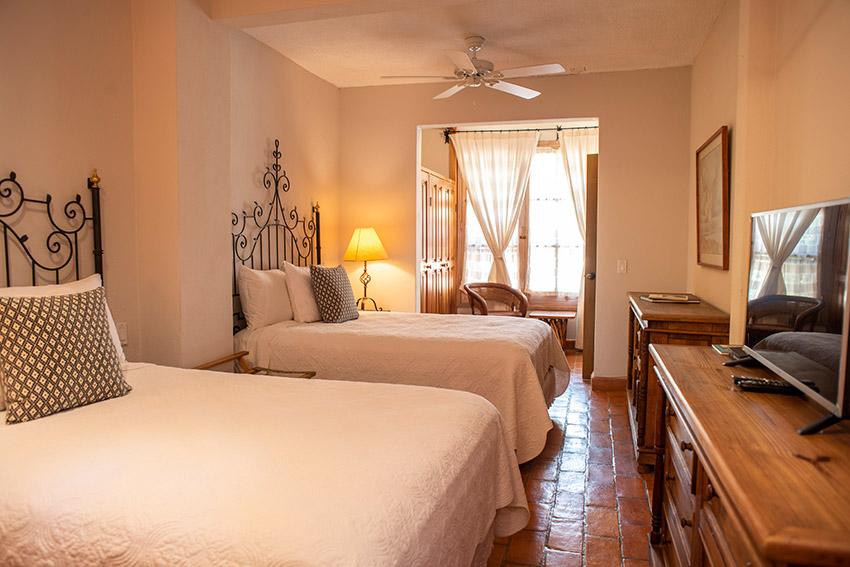 Georgia O'Keeffe bedroom
